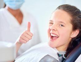 Giovanni Arenas Clínica Dental - Visita Odontólogo